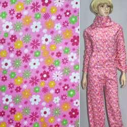Фланель ярко-розовая с разноцветными цветами ш.110