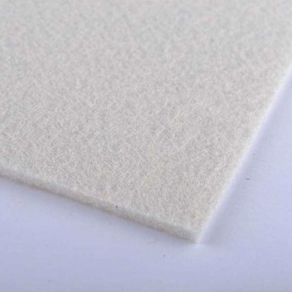 войлок (для рукоделия) кремовый (2мм) ш.100