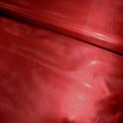 парча красная гладкая ш.150 см.