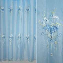 Вуаль голубая с вышитыми цветами