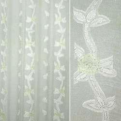 Вуаль деворе креш молочная с бело-зелеными вьющимися цветами