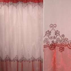 Органза красно-розовая с вишневой вышивкой